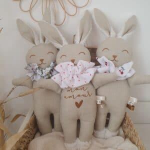 Poupée lapin Collerettes